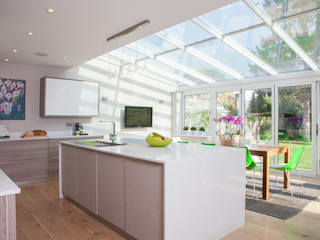 East Horsley:  Kitchen units by Tailored Interiors & Architecture Ltd