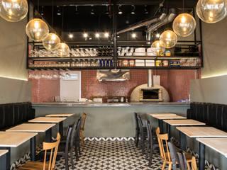 Restaurantes de estilo  por CASA DINAMICA | Arquitectos de Interiores | Bogotá, Rústico