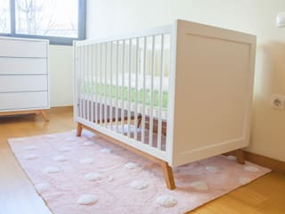 Baby room by FlyBaby, Scandinavian