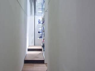 ALMA DESIGN Locaux commerciaux & Magasin minimalistes