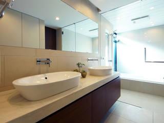Bathroom by TERAJIMA ARCHITECTS, Modern