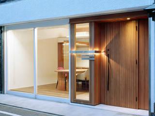 Modern home by 株式会社西田順紀アトリエ Modern