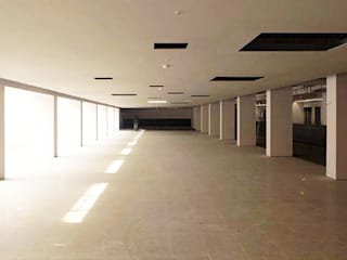 현대고등학교 식당 인테리어: (주)건축사사무소 예인그룹의  계단