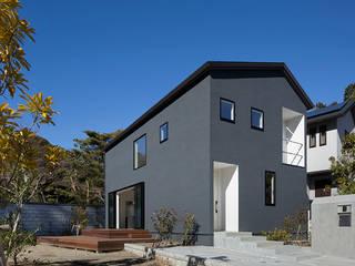 松岡淳建築設計事務所 Casas modernas Negro