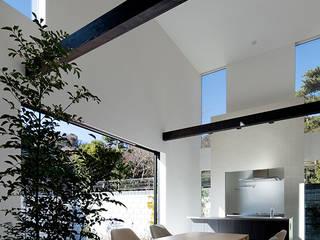 松岡淳建築設計事務所 Ruang Makan Modern Beton White