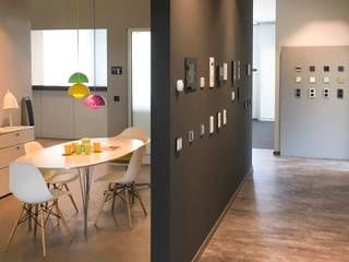 Ruang Makan Minimalis Oleh on-Home KG Minimalis