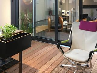 Balkon, Beranda & Teras Modern Oleh on-Home KG Modern