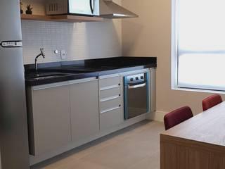 Cocinas de estilo moderno de ICONO Projetos e Interiores Moderno