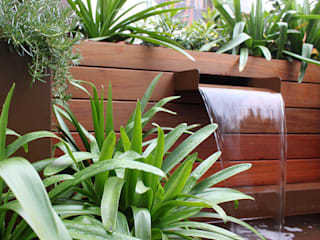 Fuente para jardín Jardines de estilo moderno de La Habitación Verde Moderno