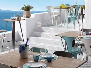 Balcon, Veranda & Terrasse modernes par Muebles Flores Torreblanca Moderne