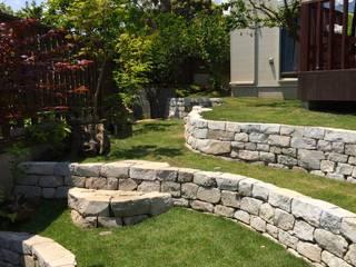 石積み完了: 庭や煌久が手掛けたロックガーデンです。