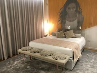 Traços Interiores Modern style bedroom Aluminium/Zinc Amber/Gold