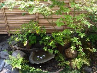 坪庭 蹲: 庭や煌久が手掛けたです。