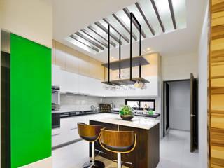 新竹寶山鄉 葉公館 現代廚房設計點子、靈感&圖片 根據 築室室內設計 現代風
