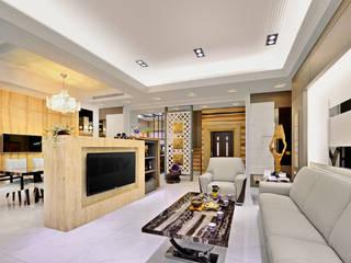 Soggiorno moderno di 築室室內設計 Moderno