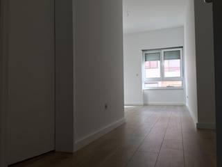 Apartamento em Almada Quartos modernos por HighPlan Portugal Moderno