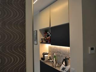 .......nero......: Cucina in stile in stile Moderno di arclinearoma