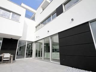 Minimalist house by GERBER Ingenieure GmbH Minimalist