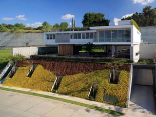 BR HOUSE Modern houses by Hernandez Silva Arquitectos Modern