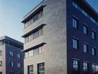 Modern office buildings by Verheij Architecten BNA Modern