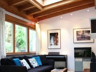 Wohnung Degerloch Stuttgart Wohnzimmer im Landhausstil von Karina Knepper-Design Landhaus
