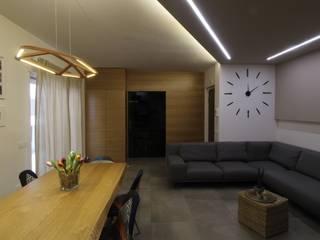 ISPIRAZIONI SCANDINAVE: Sala da pranzo in stile  di Studio di Progettazione e Design 'ARCHITÈ',