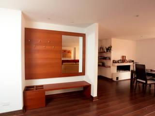 AMR estudio Vestíbulos, pasillos y escalerasAccesorios y decoración