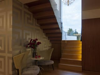 Escadas: Escadas  por EMME Atelier de Interiores