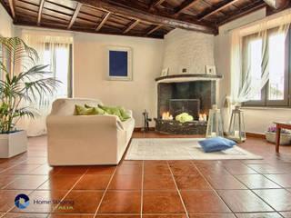 Home Staging in centro storico a Viterbo:  in stile  di Creattiva Home ReDesigner  - Consulente d'immagine immobiliare