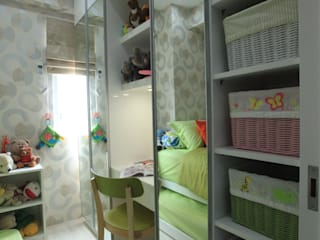 Studying Section Modern nursery/kids room by PT. Dekorasi Hunian Indonesia (DHI) Modern