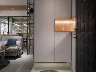 Moderner Flur, Diele & Treppenhaus von 上云空間設計 Modern