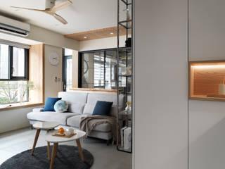 Moderne Wohnzimmer von 上云空間設計 Modern