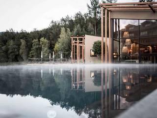 Living with water Moderner Garten von Ecologic City Garden - Paul Marie Creation Modern