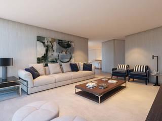 Decoração Interiores: Sala de estar  por CASA MARQUES INTERIORES