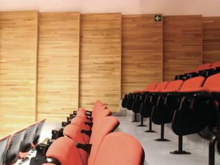 Nuevo Auditorio-MUCA-UNAM: Salas multimedia de estilo  por Van Herck-Arquitectos