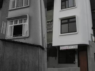 台南市安平區/老宅翻修/黑白之間: 極簡主義  by 臣月空間工程, 簡約風