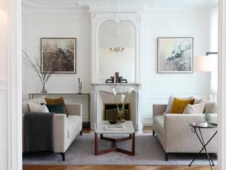 Classique Haussmannian Appartement Salon moderne par Lichelle Silvestry Moderne