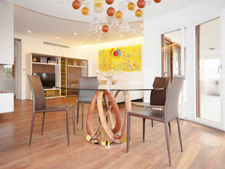 Modern dining room by Fabiola Ferrarello architetto Modern