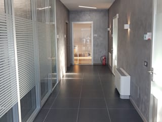 Espaces de bureaux modernes par Luxelt Moderne