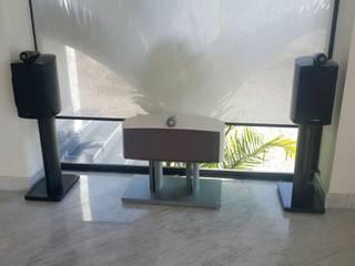 Audio Residencial Salones modernos de Custom Control Moderno