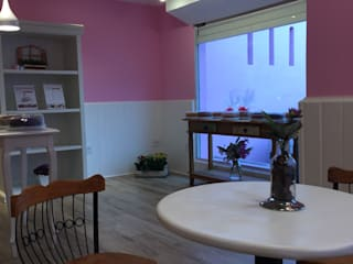 loja de bolos: Lojas e imóveis comerciais  por Thais Ruiz Arquitetura e Interiores,Campestre