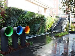 Diseño de exteriores en oficinas - Jardín vertical Oficinas y tiendas de estilo moderno de La Habitación Verde Moderno
