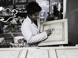 MOBILI DIPINTI di Bottega Roberta Brizzi Classico