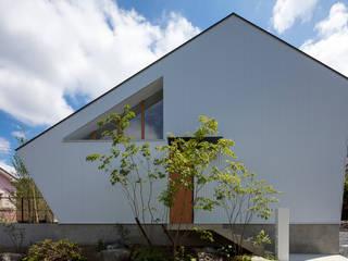 arbol Rumah kayu Metal White