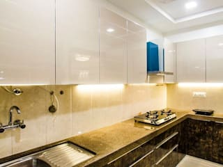 DR.VENKATESH AND DR.MADHUSHREE Modern kitchen by PSQUAREDESIGNS Modern