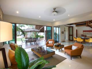 Sala, Comedor y Terraza Central Salones modernos de Heftye Arquitectura Moderno Cerámico