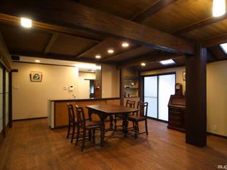 三世代に渡って受け継ぐ家 和風デザインの リビング の 株式会社菅野企画設計 和風