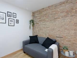 Moderno y acogedor - Interiorismo y Home Staging en Barcelona Dekohuset Salones de estilo escandinavo
