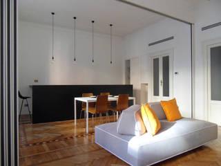 Living room by gk architetti  (Carlo Andrea Gorelli+Keiko Kondo)