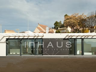 Prefabricated home by Casas inHAUS, Modern